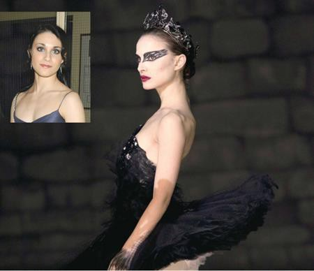 """Natalie Portman đã phải học múa ba-lê cật lực và đã giảm tới 9kg cho vai diễn trong """"Black swan"""". Tuy vậy, trong những cảnh quay đòi hỏi kĩ thuật cao thì một vũ công ba-lê chuyên nghiệp như Sarah Lane mới thực sự là sự lựa chọn hoàn hảo."""