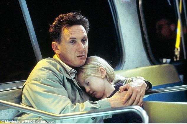 """Với nhiều khán giả yêu điện ảnh, Sean Penn đã từng chạm tới trái tim người xem trong bộ phim cảm động """"I Am Sam"""" (2001)."""
