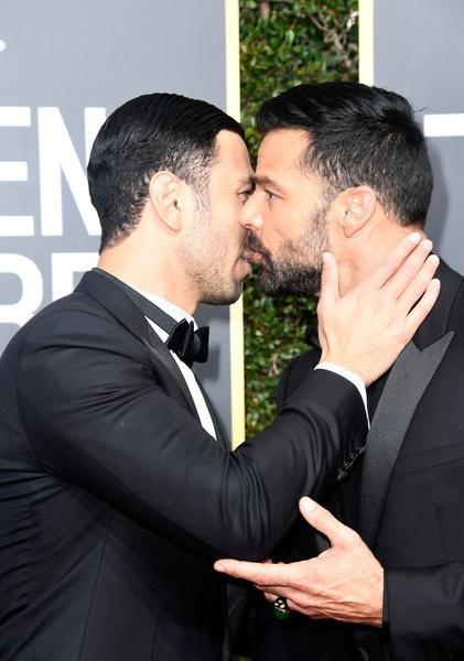 Khi hai người gặp gỡ nhau lần đầu, ngay lập tức Ricky Martin đã tự nhủ với lòng mình rằng anh sẽ cưới người đàn ông này. Về sau chồng của Ricky Martin thừa nhận anh cũng nghĩ như vậy khi gặp Ricky
