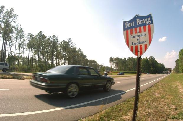Lực lượng Delta Force là một trong những đơn vị đặc nhiệm bí ẩn nhất trong các lực lượng đặc nhiệm và trong bộ binh Mỹ. Họ chuyên về thực hiện các sứ mệnh nguy hiểm bằng những vũ khí sắc bén và hiện đại nhất. Các chữ cái trong Delta là tên viết tắt thể hiện sứ mệnh của Delta Force: bảo vệ, yểm trợ đồng đội; đón đầu kẻ thù; bảo vệ con tin; chiến thuật thông minh và luôn luôn hành động. Căn cứ của họ nằm ở Fort Bragg, bang North Carolina.