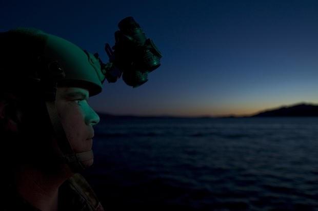Lực lượng nhảy dù cứu hộ PJs là một lực lượng đa năng. Họ không chỉ đảm nhận công việc cứu trợ binh sĩ trong các nhiệm vụ tác chiến mà họ còn hỗ trợ NASA trong các nhiệm vụ trục vớt các phi hành gia sau khi hạ cánh dưới nước.