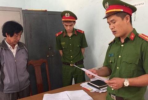Cơ quan công an đọc lệnh bắt ông Bê