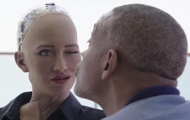 """Will Smith đã sử dụng thế mạnh giao tiếp cùng sự hài hước của mình, nhưng anh vẫn không thể nào """"lấy lòng"""" Sophia."""