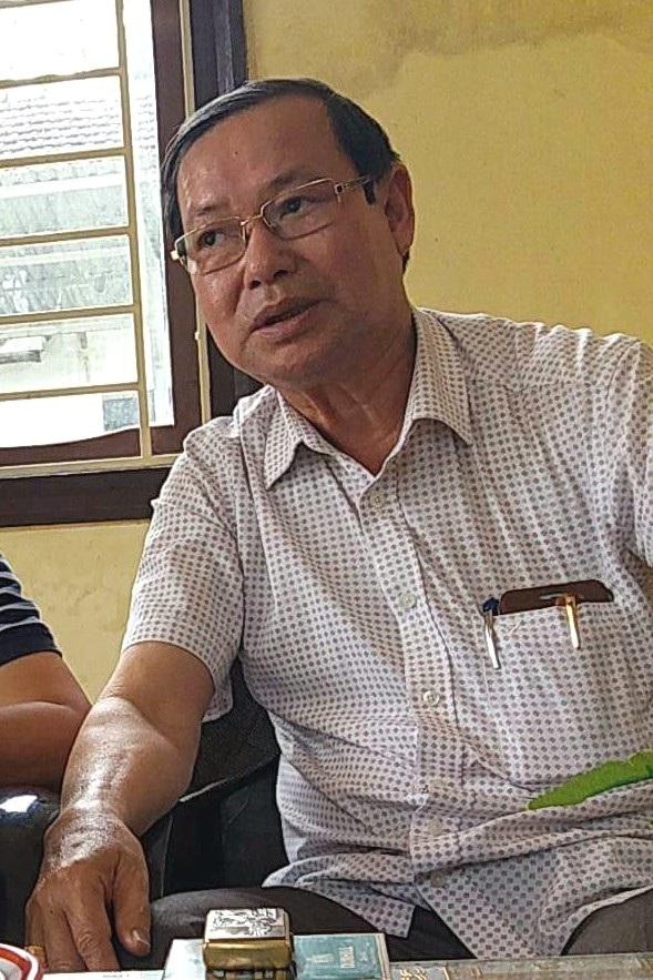 Ông Trịnh Ngọc Thuận, Hạt trưởng Hạt Kiểm lâm thị xã Hương Thủy cho biết chỉ đi xe biển xanh tạt ngang để gửi quà cưới sau khi đi công tác vào buổi sáng chứ không dự đám cưới.