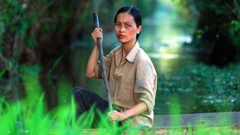 Vai Sương – một cô gái điếm trong Cánh đồng bất tận là vai diễn mà Hải Yến cho biết cô đã nổ lực đến 200%.