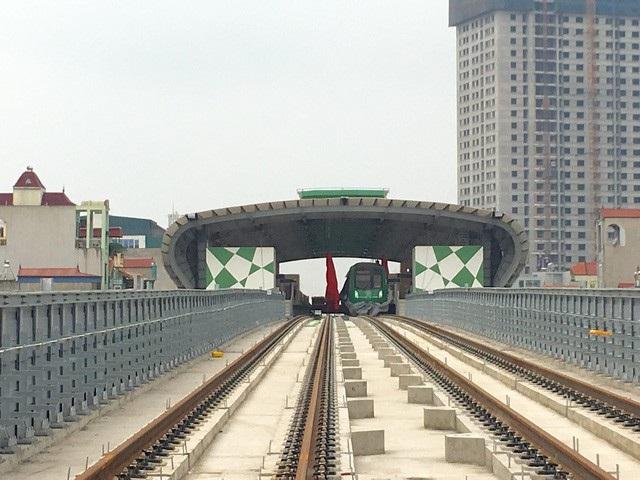 Lãnh đạo Bộ GTVT khẳng định không có chuyện xin lùi tiếp tiến độ dự án đường sắt Cát Linh - Hà Đông