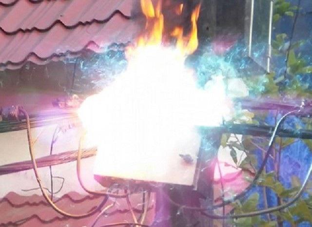 Chập hệ thống điện, 3 cán bộ viễn thông bị bỏng nặng. (Ảnh minh họa)