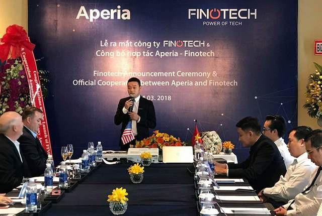 Ông Lê Anh Dũng, đại diện công ty Finotech phát biểu tại lễ ký kết.
