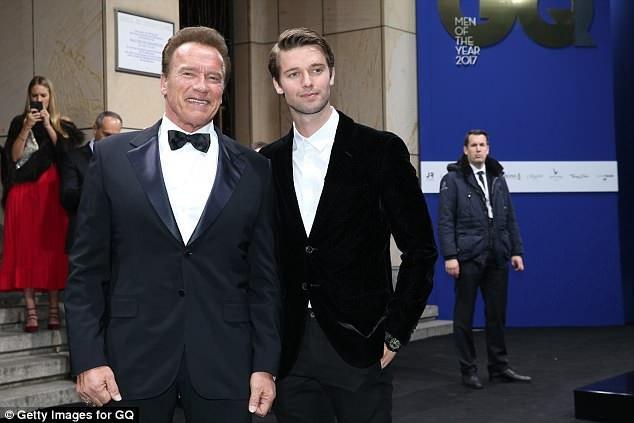 Hai cha con Arnold và Patrick Schwarzenegger.