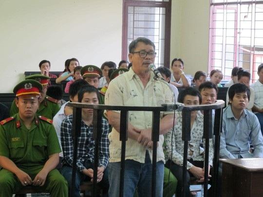 Ông Sỳ Vĩnh Sáng tại TAND quận Bình Tân