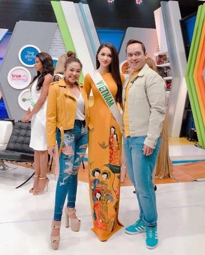 Hương Giang đẹp rực rỡ ghi hình cho đài truyền hình Thái Lan - 3