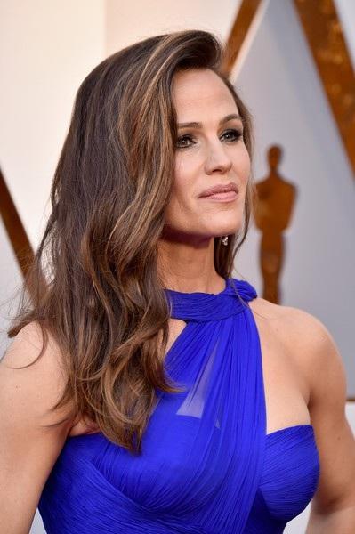 Người đẹp dập dìu khoe dáng trên thảm đỏ Oscar - 6