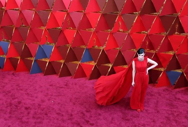 Người đẹp dập dìu khoe dáng trên thảm đỏ Oscar - 37