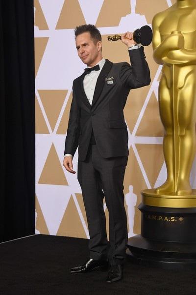 Anh giành giải nam diễn viên phụ xuất sắc nhất với vai diễn trong phim Three Billboards Outside Ebbing, Missouri