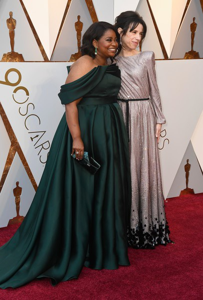 Octavia Spencer và Sally Hawkins