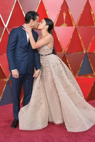Người đẹp dập dìu khoe dáng trên thảm đỏ Oscar - 23