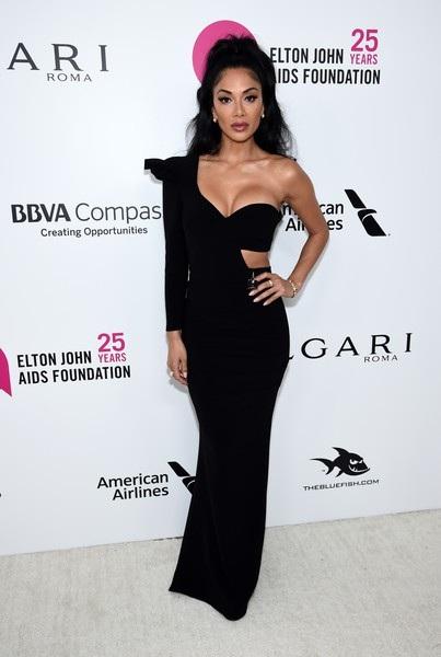 Ca sỹ Nicole Scherzinger dự tiệc Oscar do danh ca Elton John tổ chức tại Hollywood, California, Mỹ ngày 5/3 vừa qua