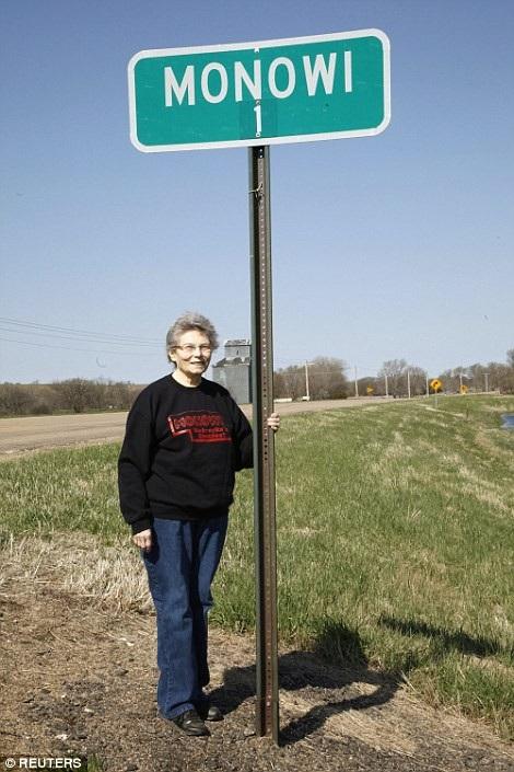 Cụ bà 84 tuổi một mình sống trong thị trấn nhỏ giữa lòng nước Mỹ