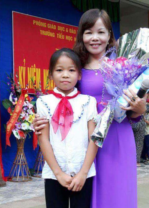Cô Lê Thị Huyền, giáo viên Trường Tiểu học Ngọc Khê 1, xã Ngọc Khê, huyện Ngọc Lặc (Thanh Hóa)