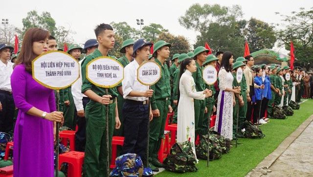 Sáng ngày 6/3, hơn 3.000 thanh niên Nghệ An lên đường nhập ngũ