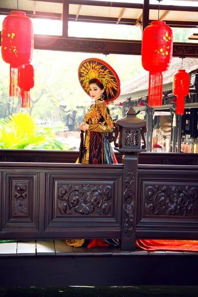 Hoa hậu Đông Nam Á Hồng Tươi đẹp rực rỡ - 8