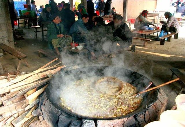 Món thắng cố là món ăn nổi tiếng ở vùng cao Tây Bắc