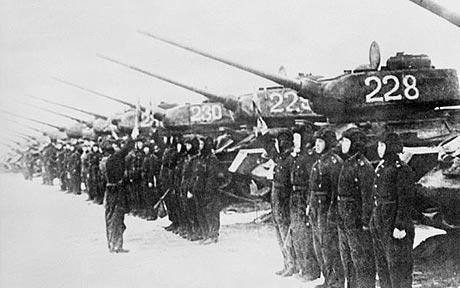 Một đơn vị xe tăng Triều Tiên trong chiến tranh liên Triều. (Ảnh: Getty)