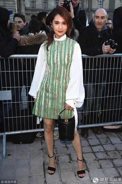 Dương Thừa Lâm là khách trong show của Chanel.