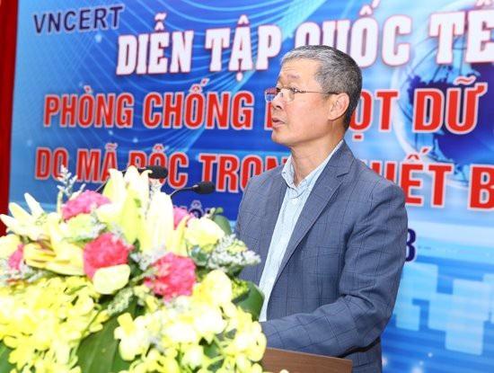 Thứ trưởng Bộ TT&TT Nguyễn Thành Hưng phát biểu tại buổi diễn tập.