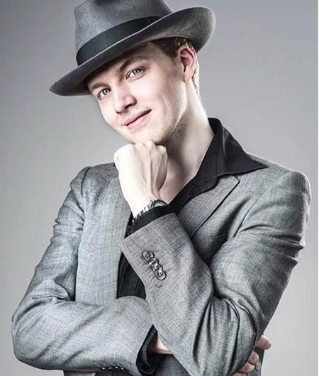 Sau khi Sven Otten chia sẻ đoạn video nhảy nhót say mê lên Youtube, anh chàng này đã thu hút hơn 43 triệu người theo dõi và trở thành gương mặt cho nhiều chiến dịch quảng cáo.