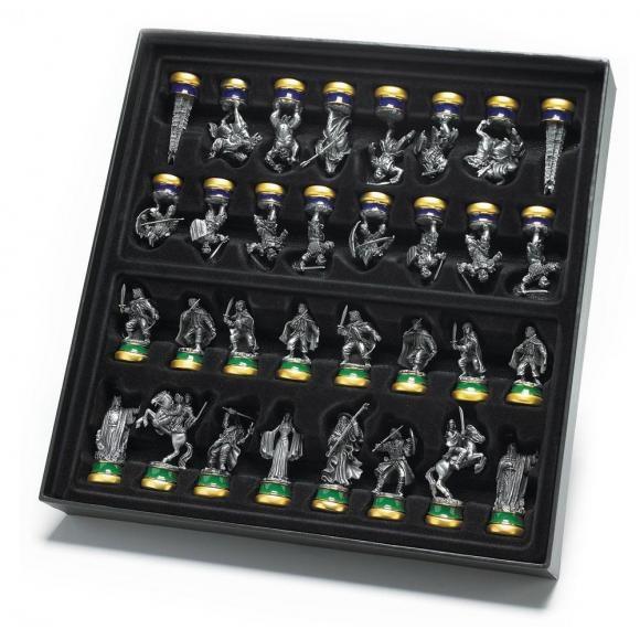 """Bộ cờ vua """"Chúa tể của những chiếc nhẫn"""" chỉ dành cho đại gia - 2"""