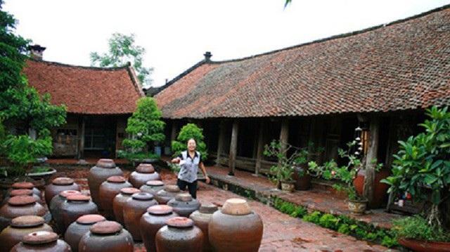 Nếp nhà cổ độc đáo ở Đường Lâm
