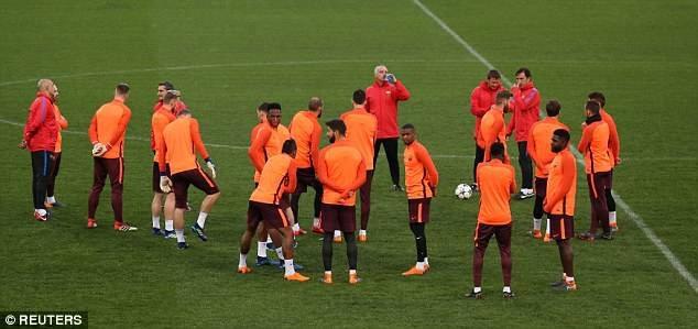 Barcelona có đầy đủ lực lượng mạnh nhất để tìm kiếm chiến thắng tại Olympico đêm nay