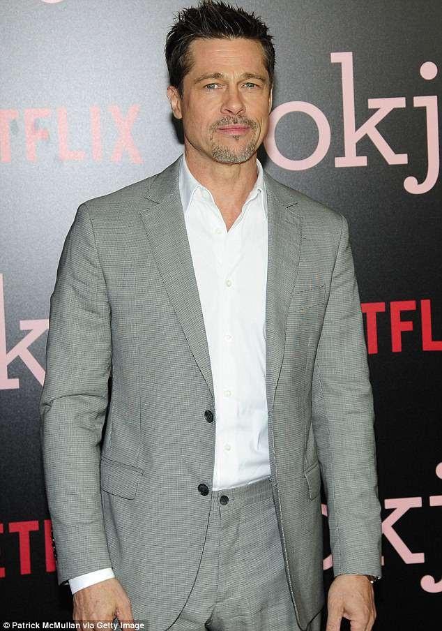 Brad Pitt hò hẹn với giáo sư người Isarel được 6 tháng - 3