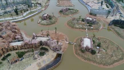 Vinpearl River Safari, mô hình vườn thú bán hoang dã bên sông có một không hai đang gấp rút hoàn thành
