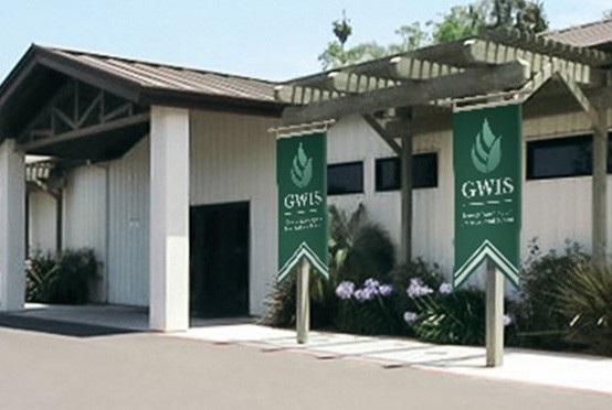 Khuôn viên GWIS bị tố không có thật.