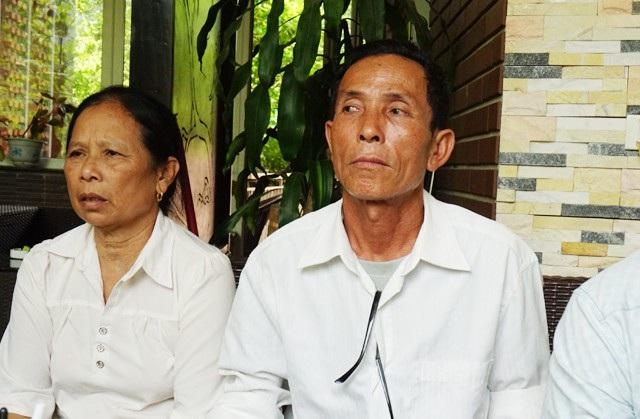 Gửi 43 triệu đồng và 2.000 USD tại Doanh nghiệp Phúc Nhiên nhưng khi doanh nghiệp này tuyên bố vỡ nợ ông Trần Bá Thao nhận được lời đề nghị nhận về 25 triệu đồng, số tiền còn lại xí xóa(?)