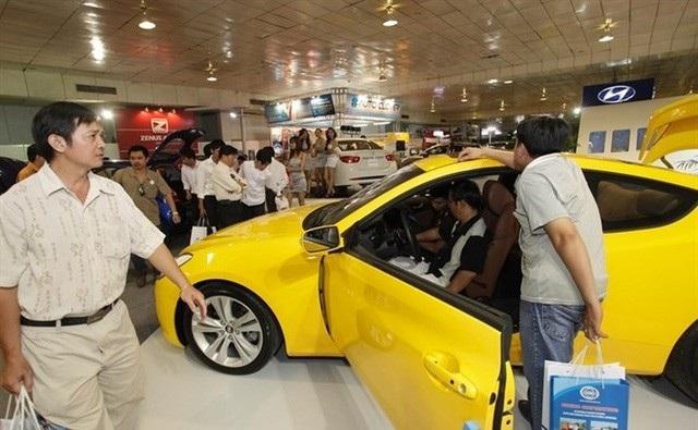 Hơn 18.600 ô tô cũ được rao bán giá dưới 600 triệu đồng. Ảnh: Quý Hòa.