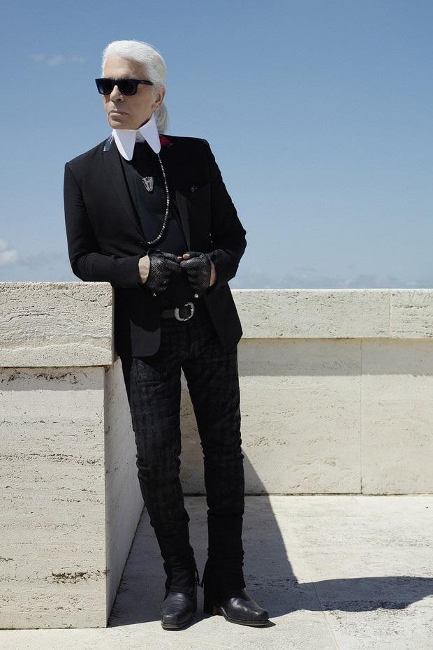 Nhà thiết kế thời trang người Đức Karl Lagerfeld
