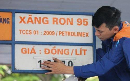 Bộ Công Thương đang lấy ý kiến các cơ quan liên quan việc công bố giá cơ sở xăng RON 95.