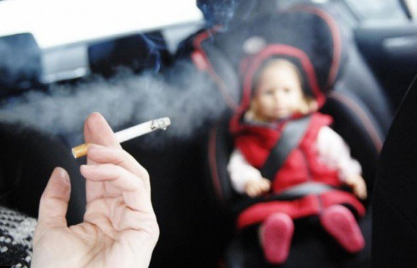 Khói thuốc lá đang bủa vây, ảnh hưởng nghiêm trọng đến sức khỏe cộng đồng (ảnh minh họa: internet)