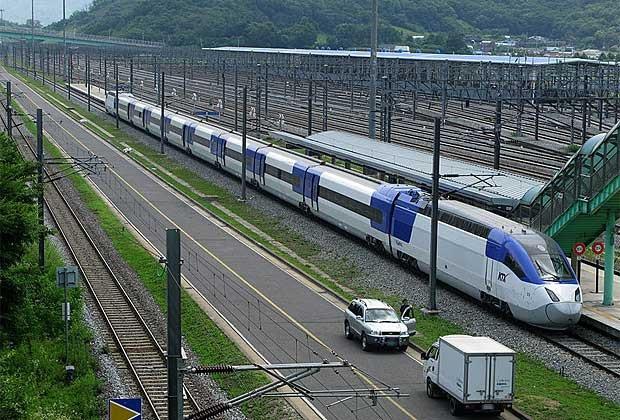 10 chuyến tàu tốc hành nhanh nhất thế giới - 8