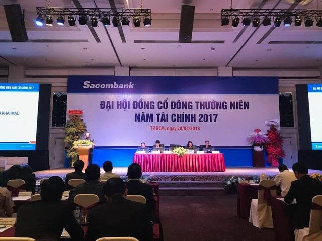 Hai ứng viên được Hội đồng quản trị Sacombank đề cử vào nhiệm kỳ 2017 - 2021 là ông Nguyễn Văn Huynh (người cũ của LienVietPostBank ) và bà Nguyễn Đức Thạch Diễm.