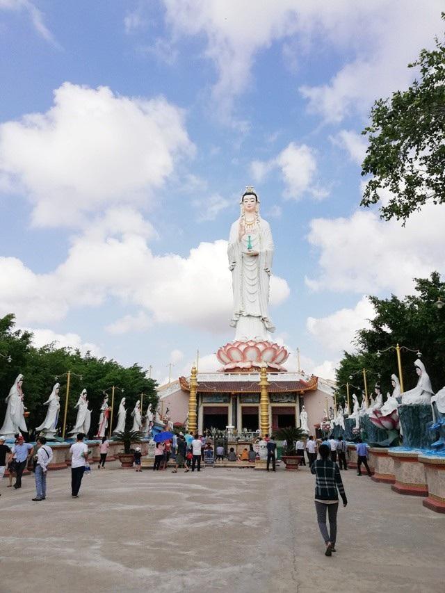 """Bí thư Tỉnh ủy """"vi hành"""" khảo sát điểm xây bến xe vào chùa có tượng Phật Quan Âm cao nhất ĐBSCL - 6"""