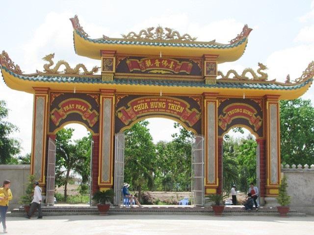 """Bí thư Tỉnh ủy """"vi hành"""" khảo sát điểm xây bến xe vào chùa có tượng Phật Quan Âm cao nhất ĐBSCL - 5"""