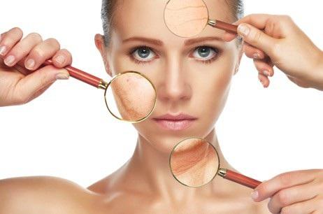 Chuyên gia tư vấn sẽ giúp bạn hiểu rõ làn da và tình trạng da khi soi da.