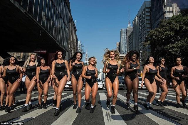 """Cuộc thi """"Hoa hậu vòng 3""""của Brazil khốn đốn vì toàn… """"Kim siêu vòng 3"""" - 4"""