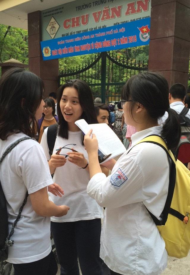 Học sinh thi vào lớp 10 THPT của Hà Nội