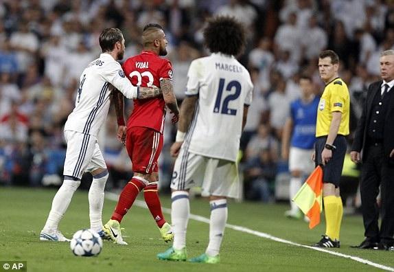Bayern Munich sẽ gặp nhiều khó khăn khi Vidal vắng mặt do chấn thương