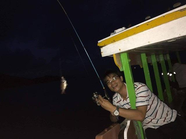 Câu cá đêm quanh Cù Lao Chàm mang lại nhiều cảm giác cho du khách